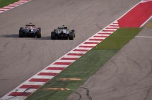 McLaren v Red Bull at the 2014 United Stats Grand Prix (Credit: Zach Zupancic)