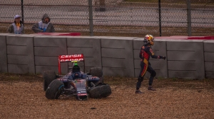 Carlos Sainz after crashing out of the 2015 USGP - copyright Joe McGowan
