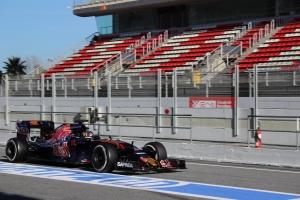 Carlos Sainz, Toro Rosso F1 Testing 2016 - Credit Rachel Clarke