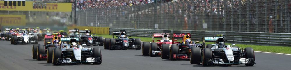 Start of the Hungarian Grand Prix. Copyright: Mercedes AMG F1 Team