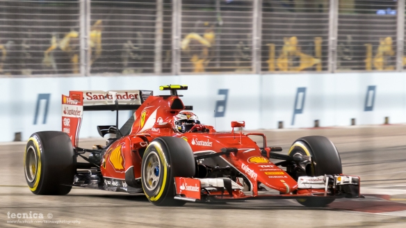 Sebastian Vettel during the 2015 Singapore Grand Prix. Photo Credit: Tecnica.