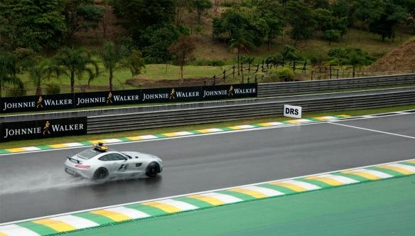 F1 safety car - (c) Thales Munhoz