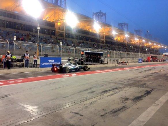 Bottas quali garage exit bahrain 2017 mercedes