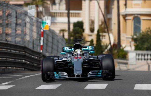 Hamilton FP2 Mercedes