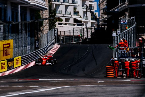 Raikkonen Nouvelle Chincane Monaco Ferrari - https://twitter.com/ScuderiaFerrari/status/868800262496026624