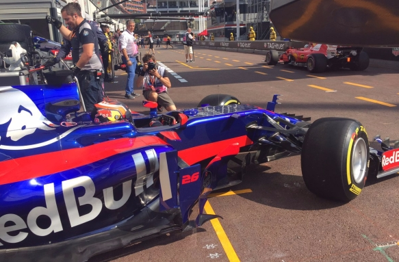 Sainz FP2 Toro Rosso