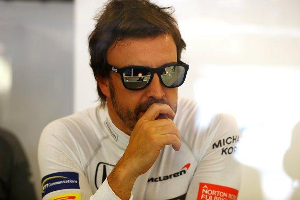 https://twitter.com/McLarenF1/status/873202336079990784