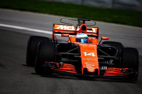 https://twitter.com/McLarenF1/status/873261829614686208
