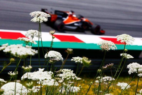 Alonso FP1 - https-::twitter.com:McLarenF1:status:883254277778665472