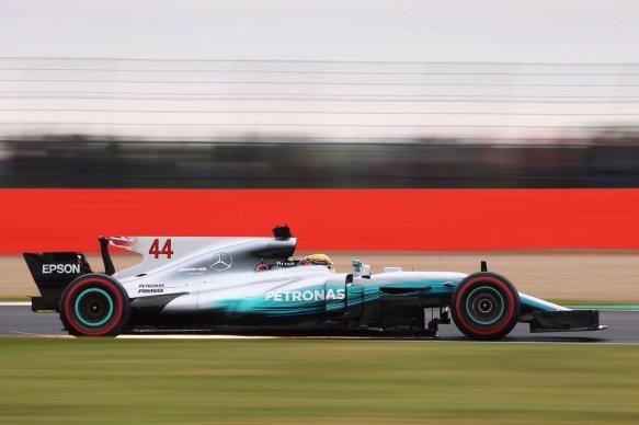 Hamilton qualifying - https-::twitter.com:MercedesAMGF1:status:886483956912332800