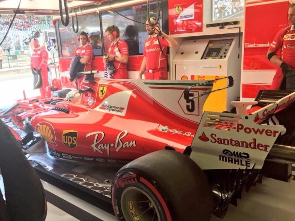 Vettel Fp1 - https-::twitter.com:ScuderiaFerrari:status:890860487033933825