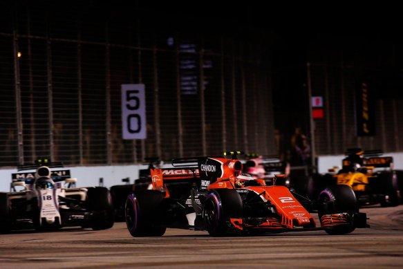 Vandoorne leads Stroll Hulkenberg in Singapore GP https-::twitter.com:McLarenF1:status:909413410307272710